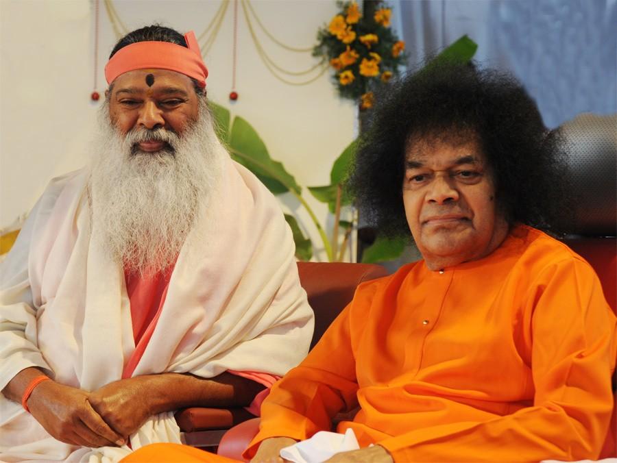 Ганапати Сатчитананда и Саи Баба