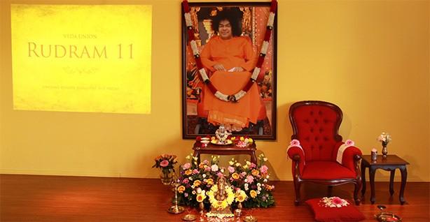 altar.jpg.19607564ac1c03664be3f900b58a22f1.jpg